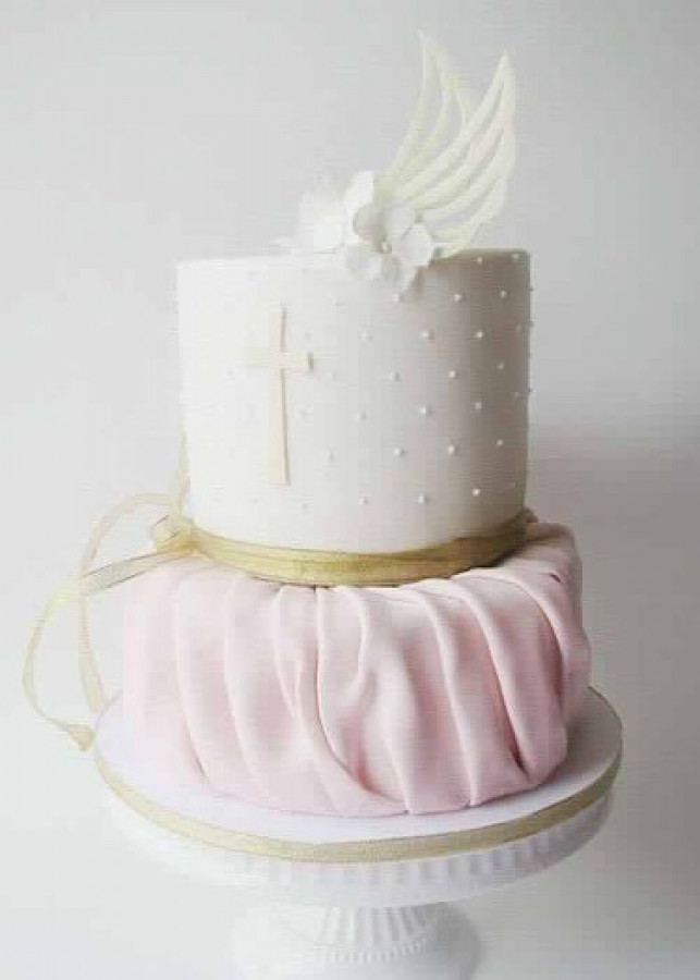 How To Stick Angel Wings On A Fondant Cake Cakecentral Com