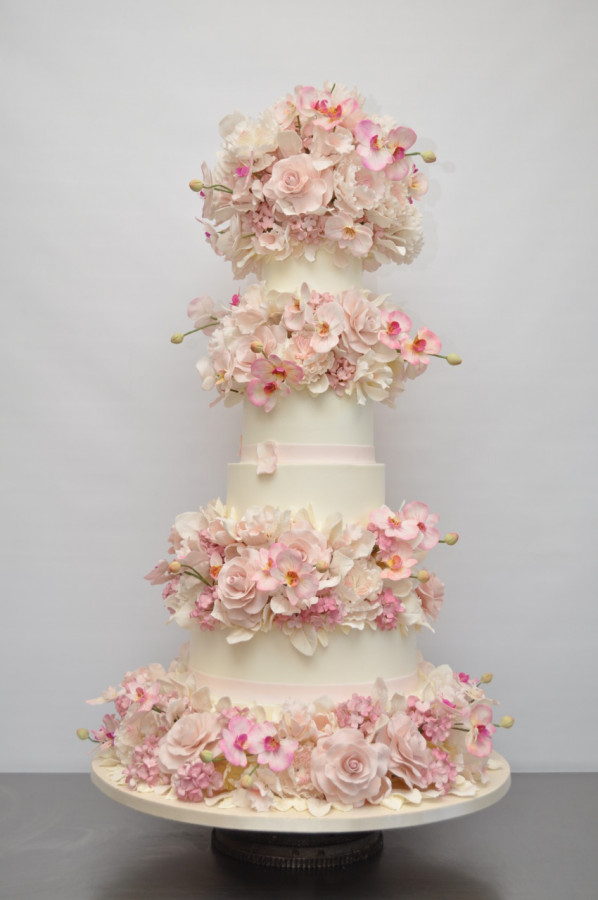 Attach Sugar Flowers Wedding Cake