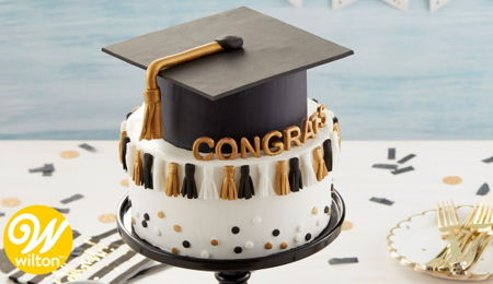 How to Make a Graduation Tassel Cake