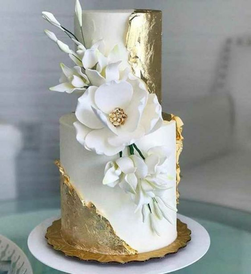 Wedding Cake Question
