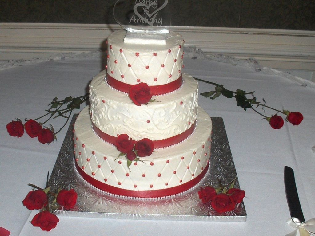 Wedding Cake With Red Accents Cakecentral Com