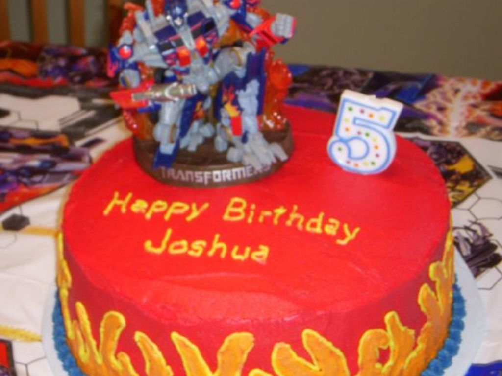 Phenomenal Boys Transformers Birthday Cake Cakecentral Com Funny Birthday Cards Online Alyptdamsfinfo