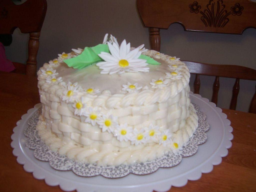 Gum Paste Daisy Flower Cake Cakecentral