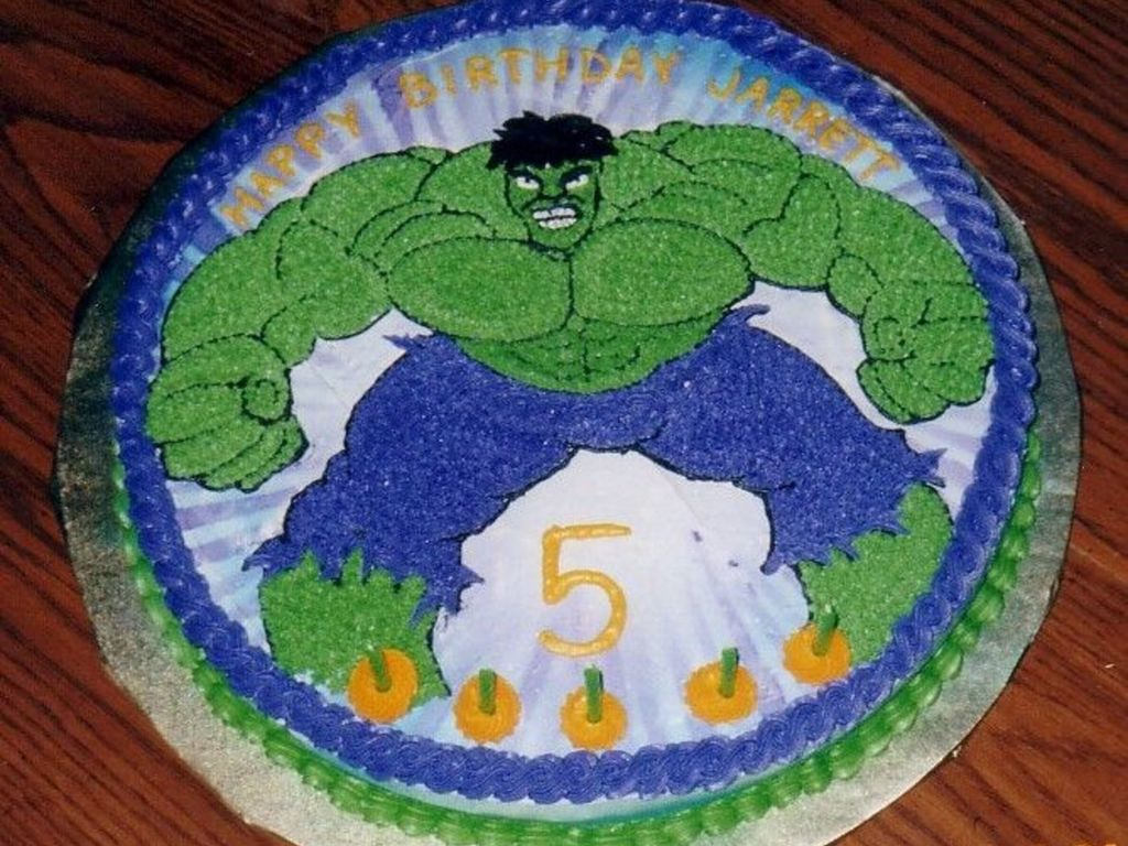 Incredible Hulk Birthday Cake CakeCentralcom