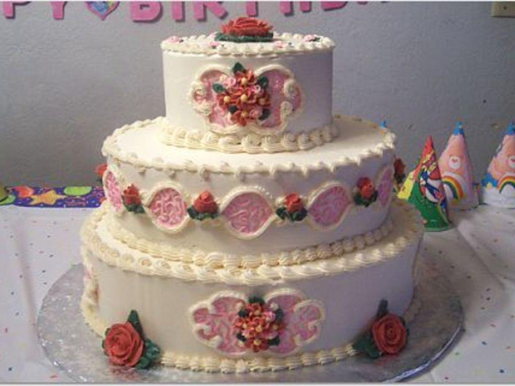 Wondrous Red And Pink Birthday Cake For A 9 Year Old Girl Cakecentral Com Funny Birthday Cards Online Elaedamsfinfo