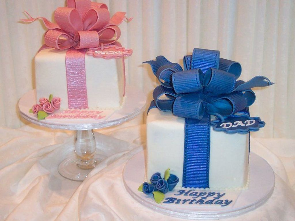 Matching Mom Dad Birthday Cakes CakeCentralcom