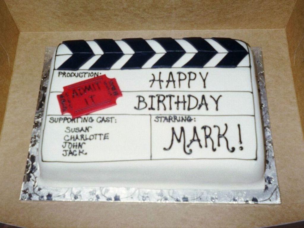 Tremendous Movie Themed Birthday Cake Cakecentral Com Funny Birthday Cards Online Alyptdamsfinfo