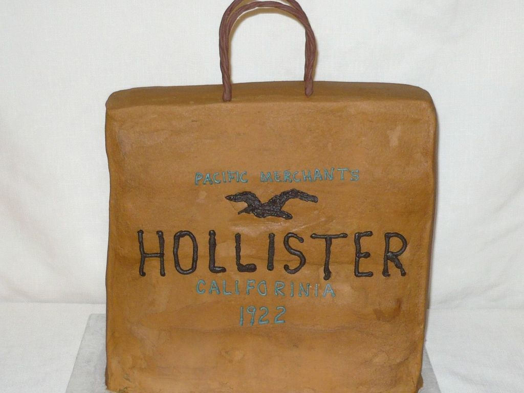 Hollister Shopping Bag - CakeCentral.com