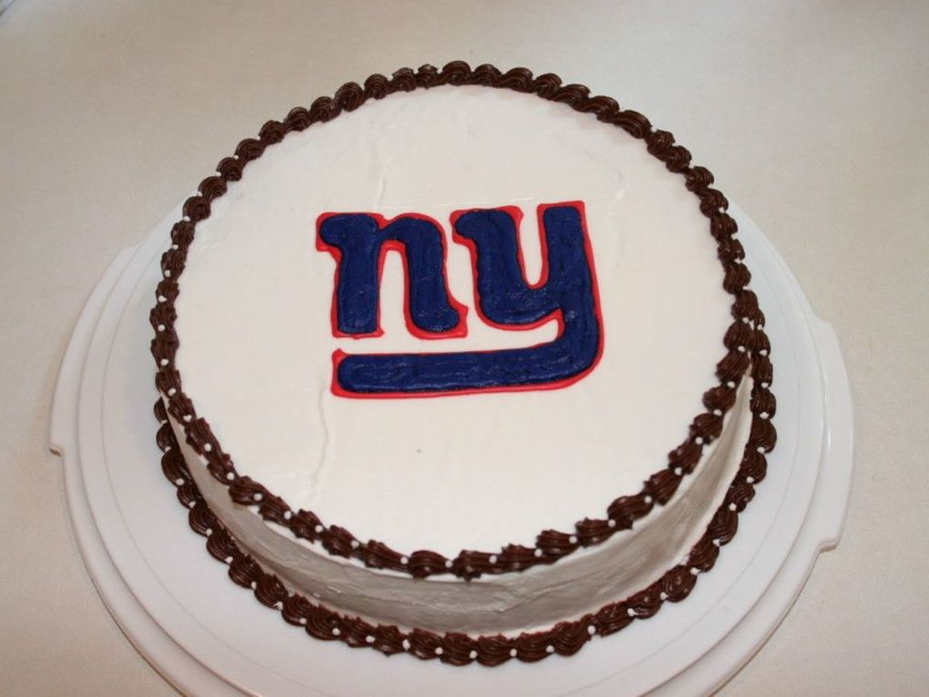 Tremendous New York Giants Cake Cakecentral Com Funny Birthday Cards Online Amentibdeldamsfinfo