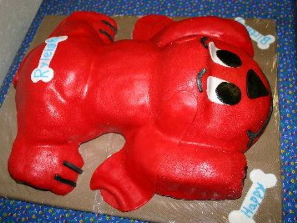 Superb Clifford The Big Red Dog Cakecentral Com Personalised Birthday Cards Petedlily Jamesorg