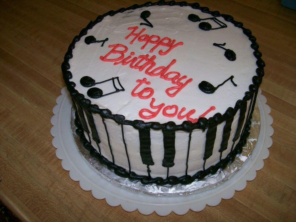 Piano Keys Cake CakeCentralcom