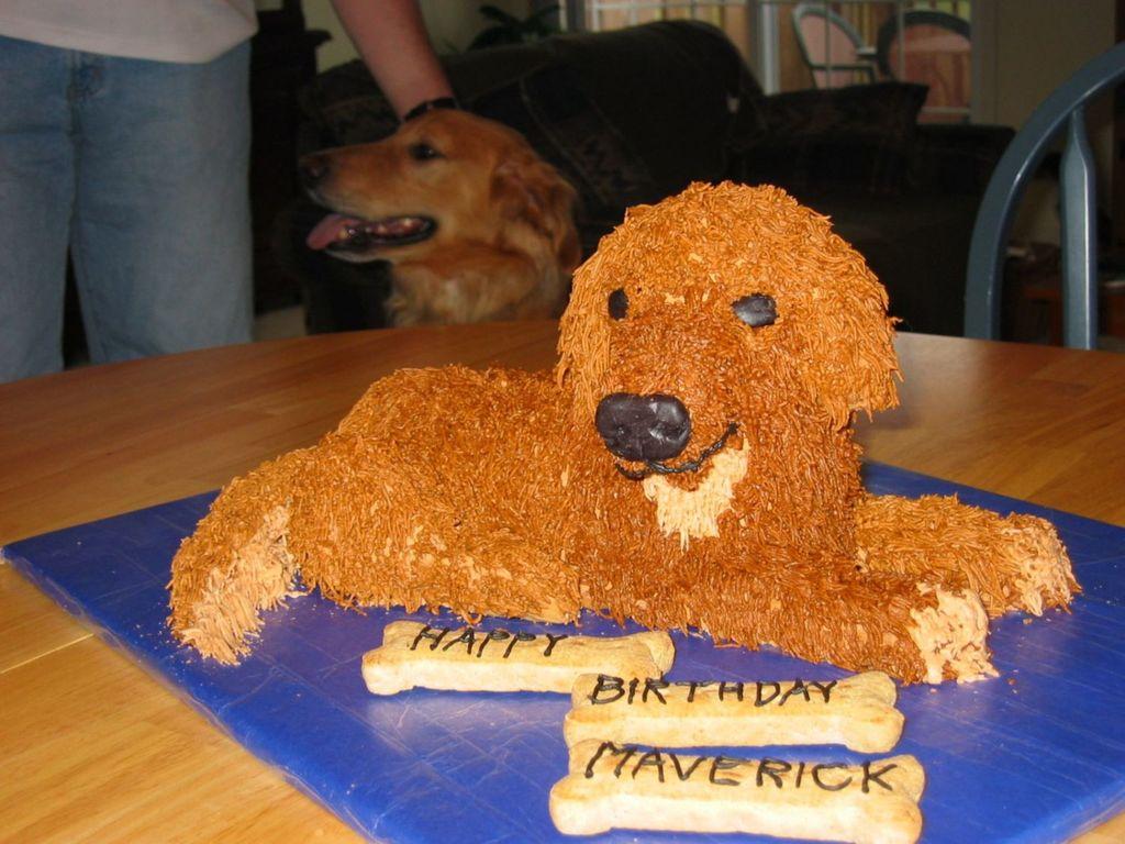 Groovy Golden Retriever Birthday Cake Cakecentral Com Funny Birthday Cards Online Alyptdamsfinfo