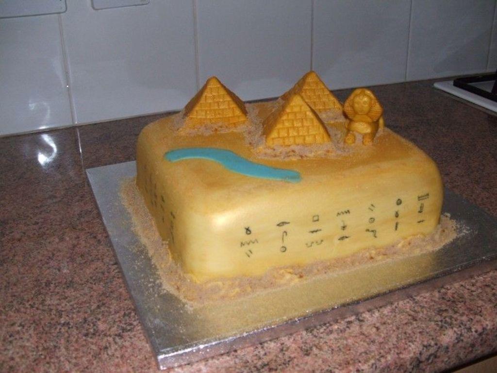 Peachy Egyptian Themed Birthday Cake Cakecentral Com Funny Birthday Cards Online Necthendildamsfinfo