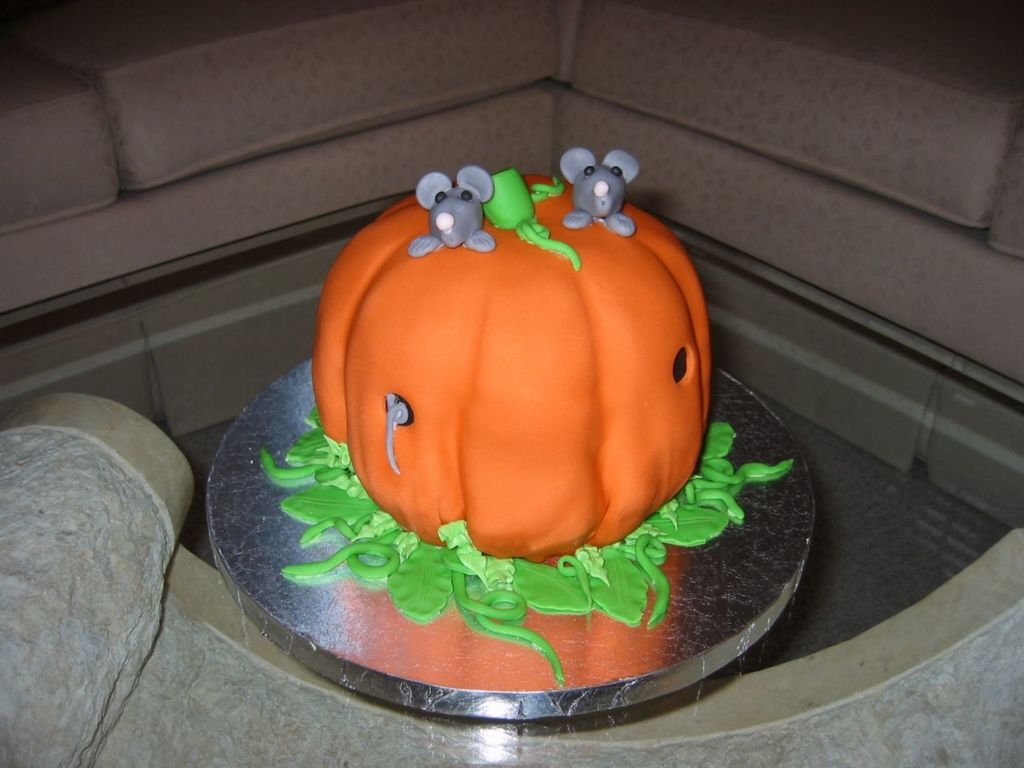 halloween mice - cakecentral