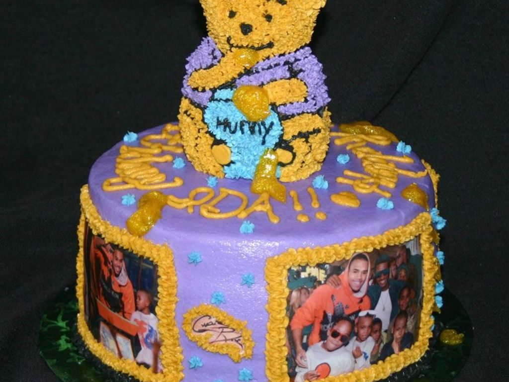 Outstanding Winnie The Pooh And Chris Brown Cakecentral Com Personalised Birthday Cards Veneteletsinfo