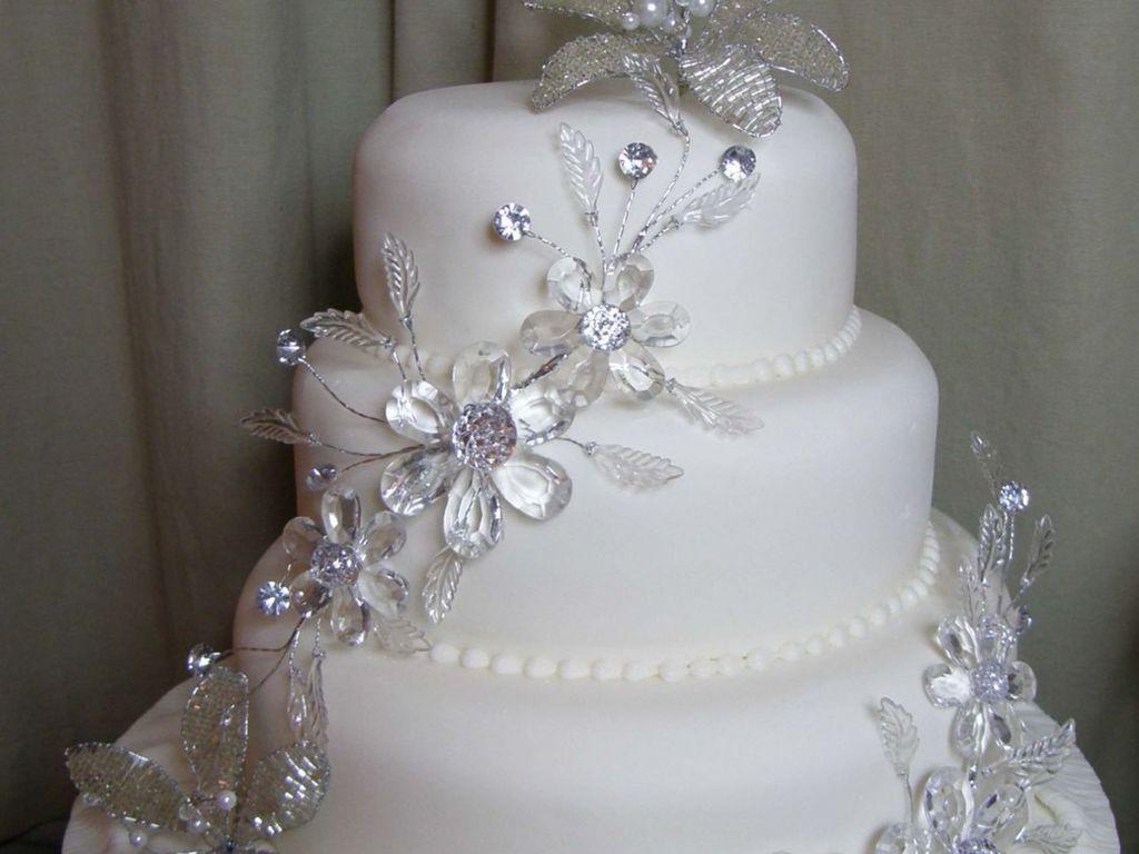 bling\' Wedding Cake - CakeCentral.com
