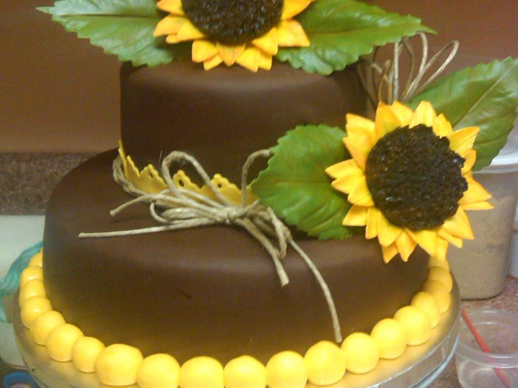 Awe Inspiring Sunflower Birthdaycake Cakecentral Com Funny Birthday Cards Online Necthendildamsfinfo