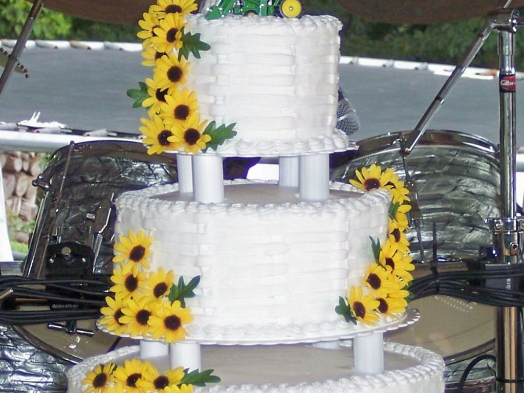 Wedding Cake With Silk Sunflowers And John Deere Tractors ...