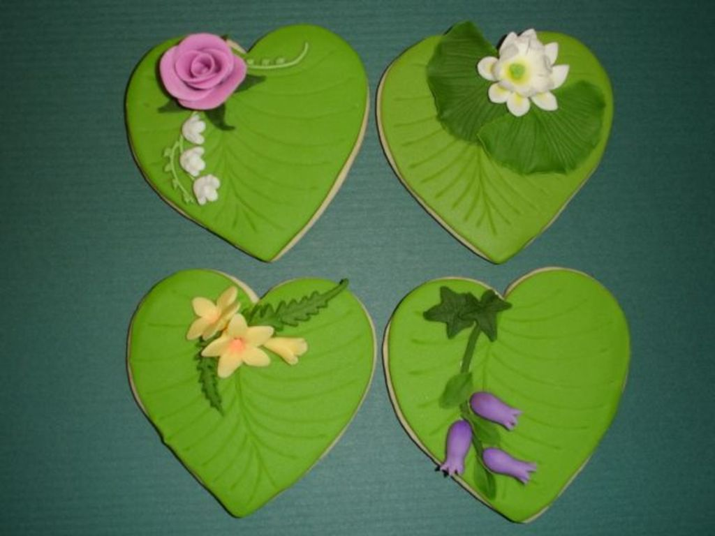 Lily Pads With Flowers Cakecentral
