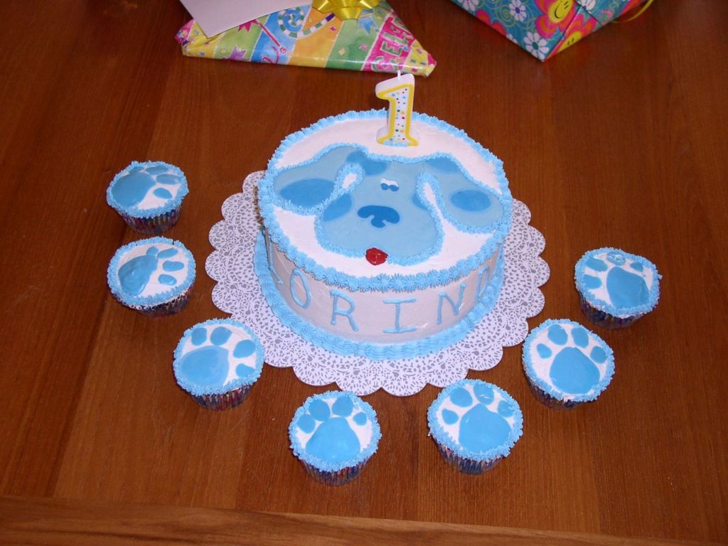 Prime Clorindas 1St Birthday Blues Clues Cake Cakecentral Com Personalised Birthday Cards Fashionlily Jamesorg