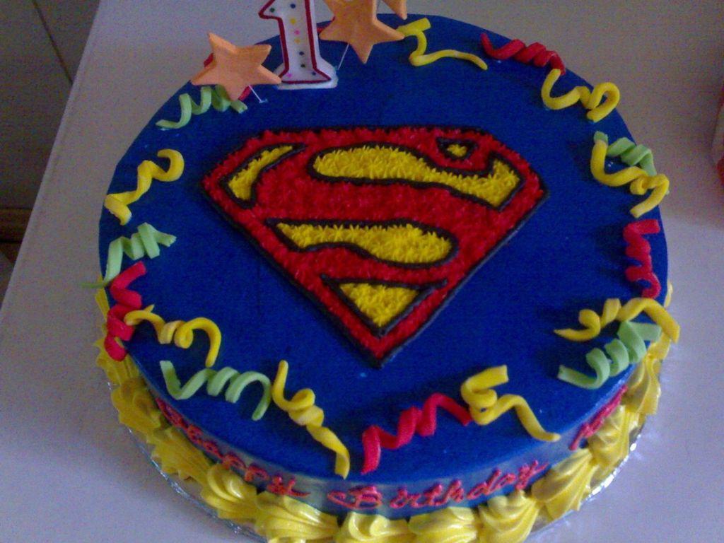 Superman Cake Cakecentral Com