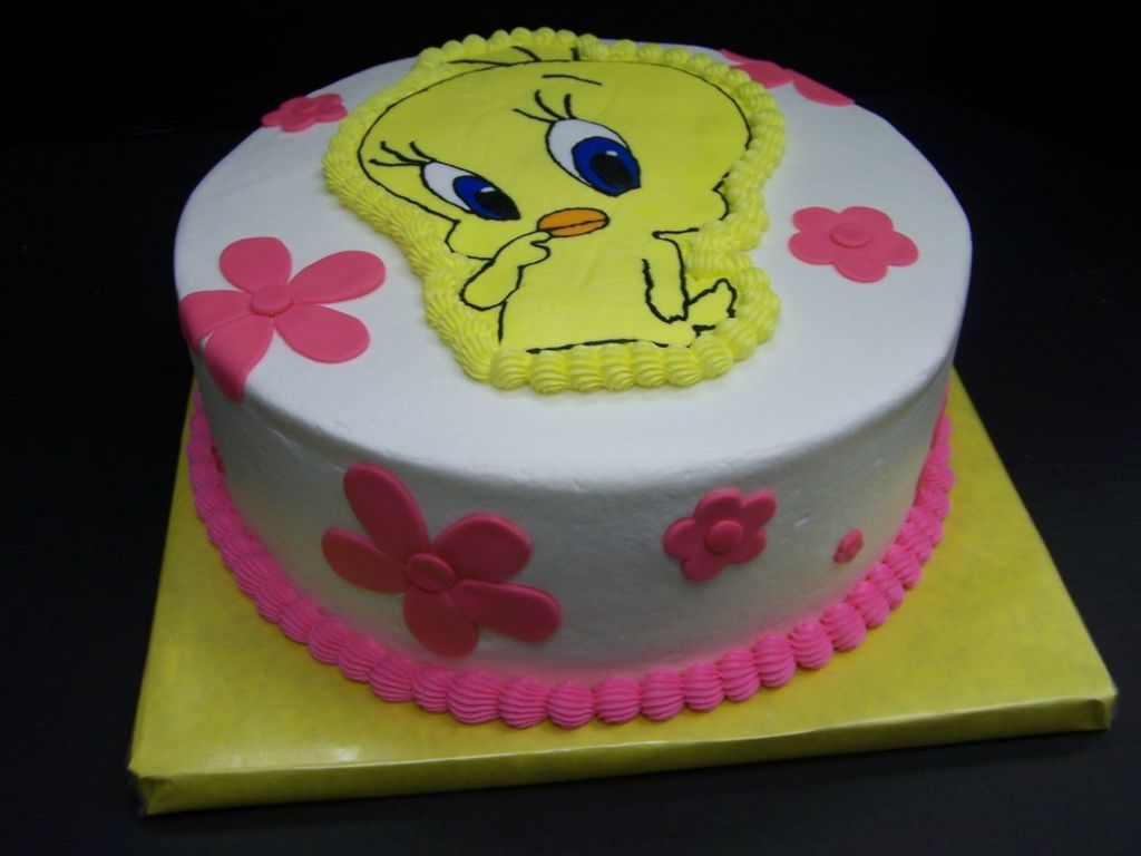 Swell Tweety Bird Birthday Cakecentral Com Funny Birthday Cards Online Kookostrdamsfinfo