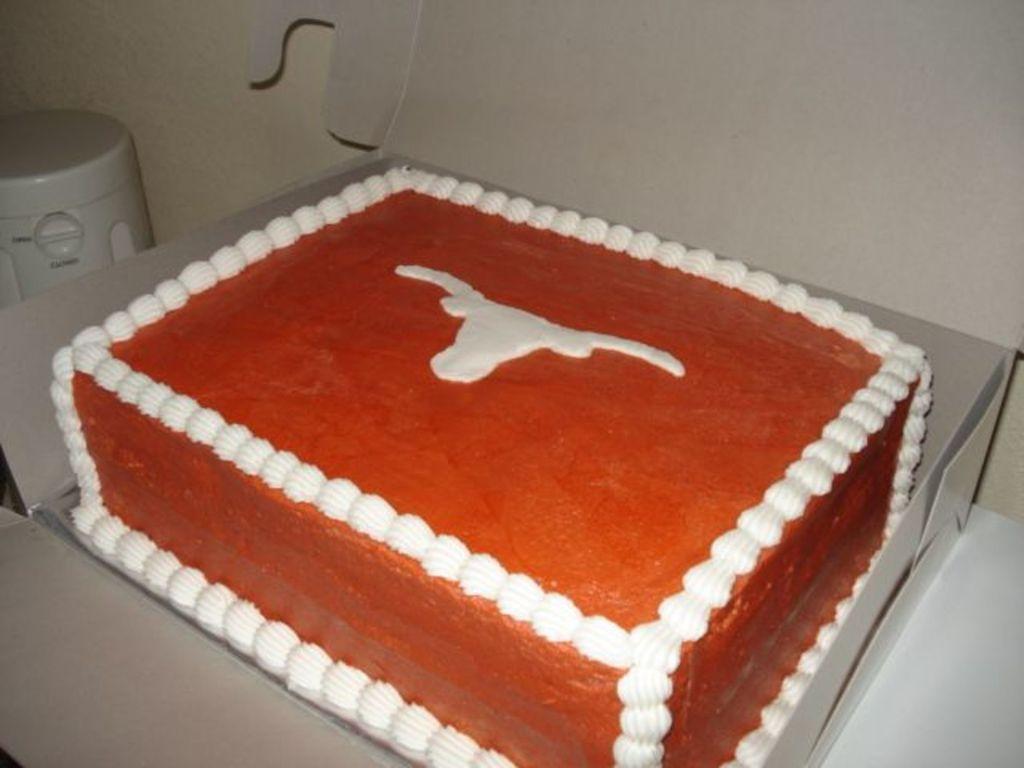 Marvelous University Of Texas Birthday Cake Cakecentral Com Personalised Birthday Cards Veneteletsinfo