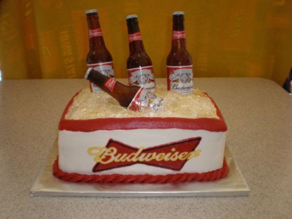 Tremendous Budweiser Birthday Cake Cakecentral Com Personalised Birthday Cards Cominlily Jamesorg