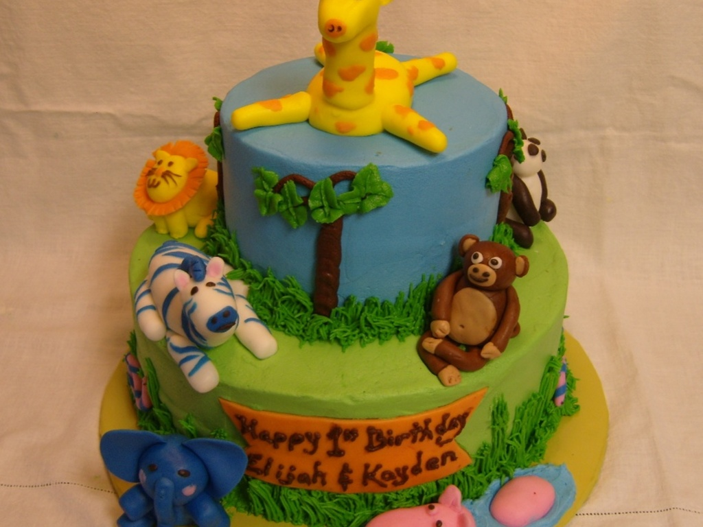 Birthday Cakes Jungle Theme ~ Jungle theme st birthday cake with smash cakes cakecentral