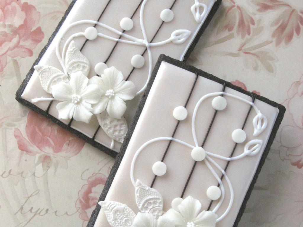 Art Nouveau Floral Lace Wedding Cookies - CakeCentral.com