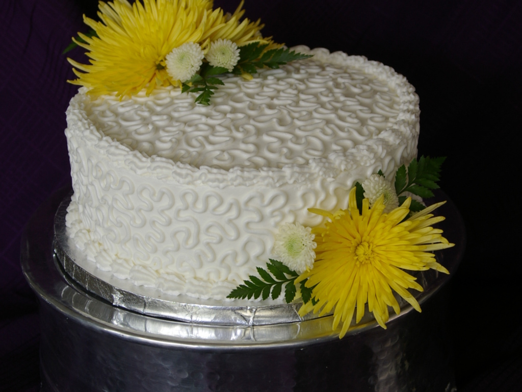 Elegant Birthday Cake With Fresh Flowers CakeCentralcom