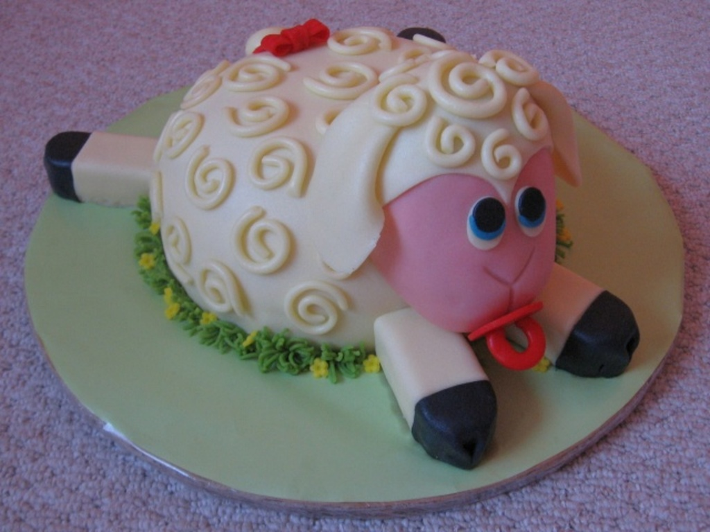 Fabulous Sheep Cake For 1 Year Old Girl Cakecentral Com Funny Birthday Cards Online Inifofree Goldxyz
