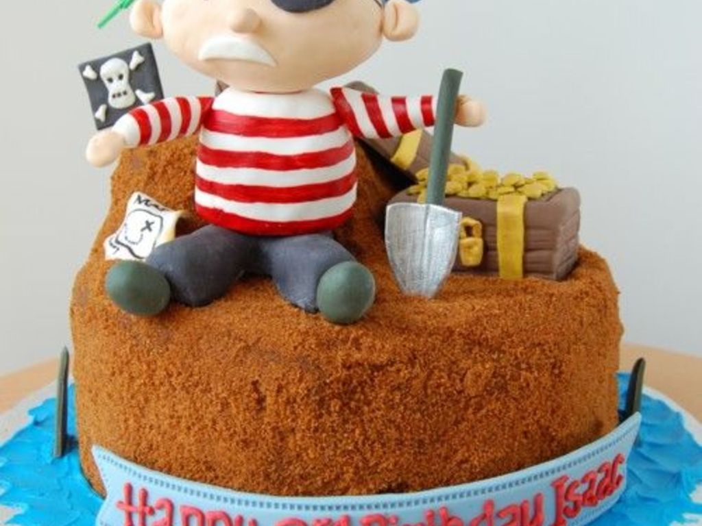 Pirates Treasure Birthday Cake By Charmpastry Cakecentral