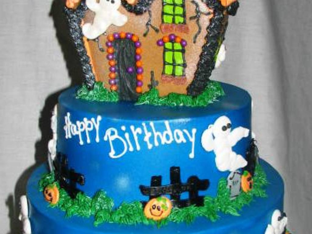 Incredible Halloween Haunted House Birthday Cake Cakecentral Com Personalised Birthday Cards Epsylily Jamesorg