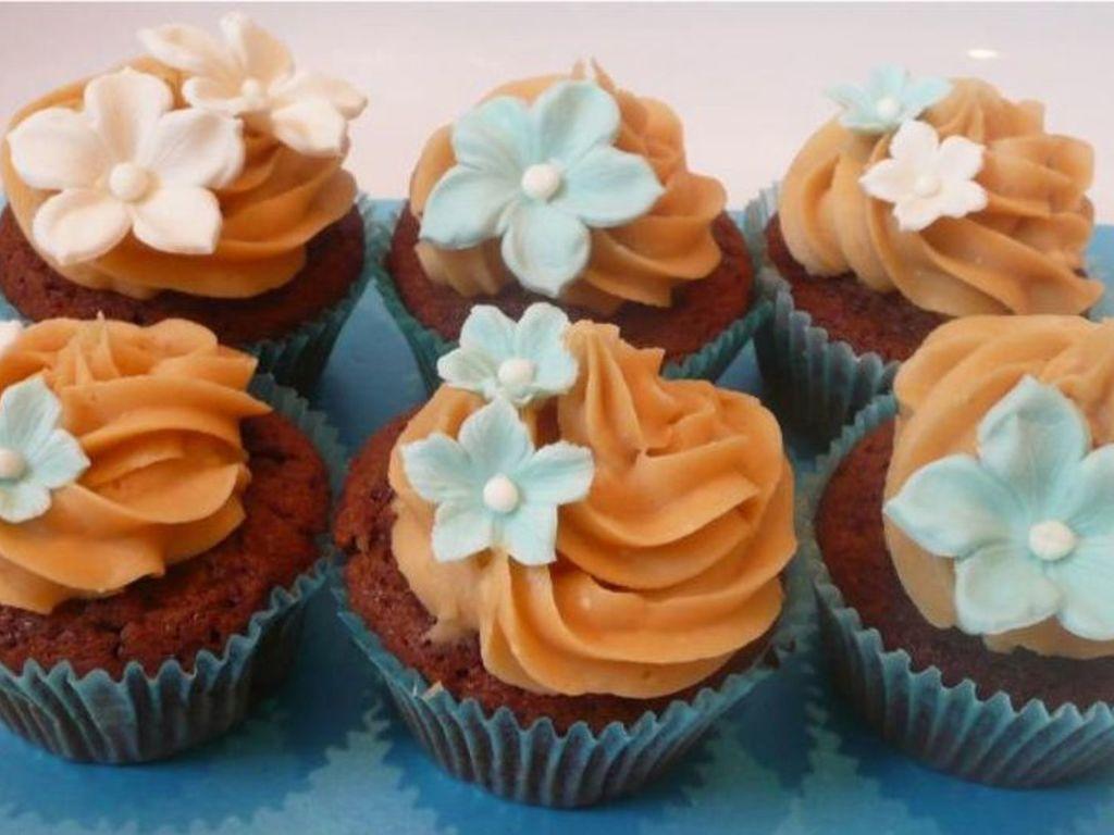 Blue Flower Cupcakes Cakecentral Com