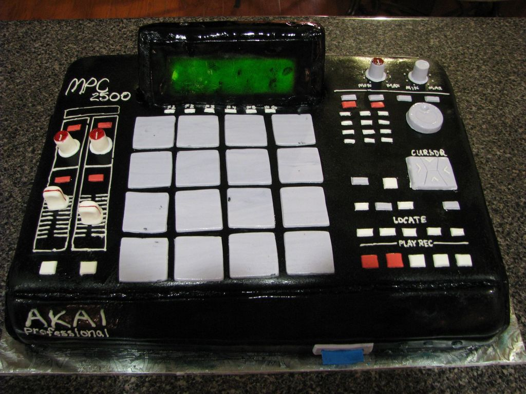Dj Beat Maker Mpc 2500 - CakeCentral com