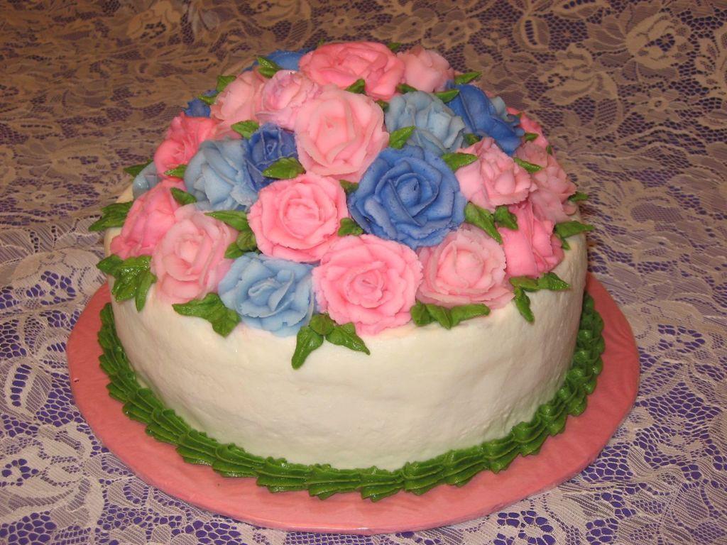 Wilton Level One Rose Cake - CakeCentral.com