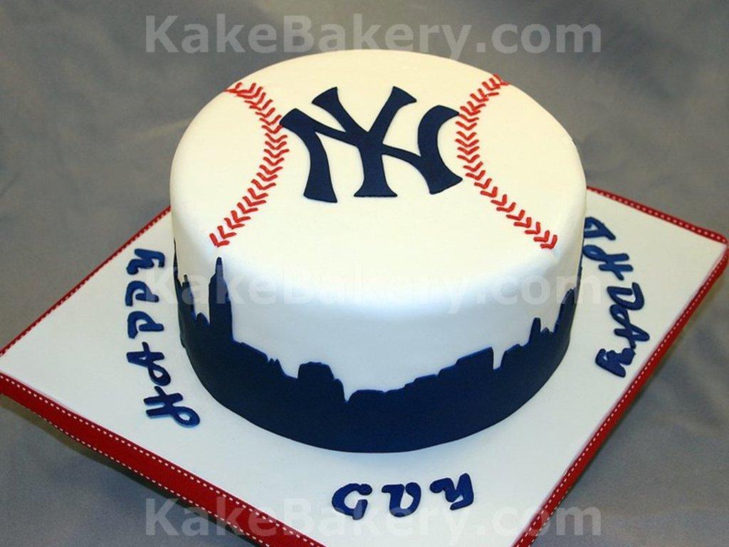 Fantastic New York Yankees Birthday Cake Cakecentral Com Funny Birthday Cards Online Benoljebrpdamsfinfo