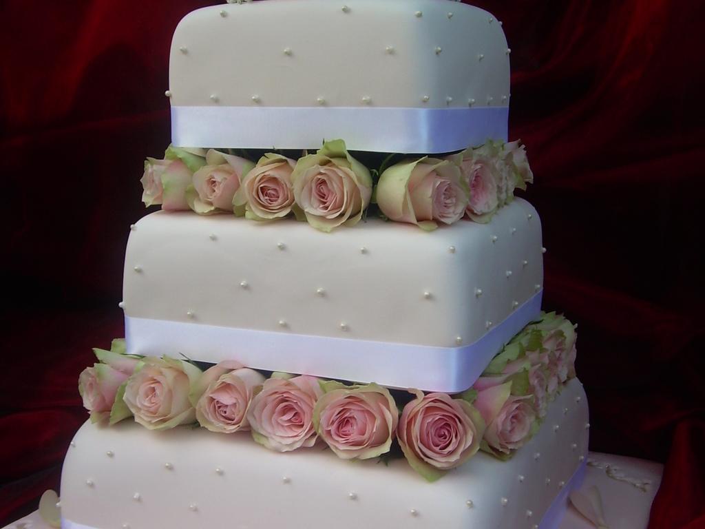 Rouse Wedding Cake