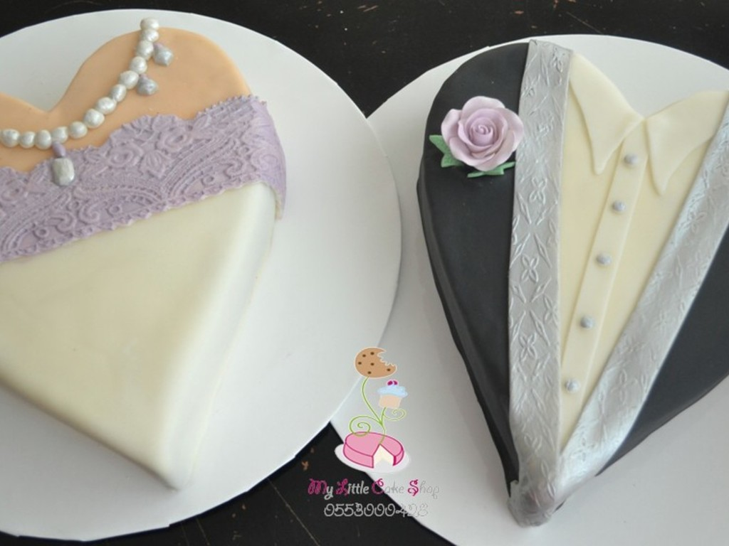 Bride And Groom Heart Shaped Wedding Cakes