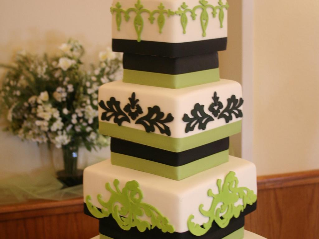 Apple Green Black Wedding Cake Cakecentral Com