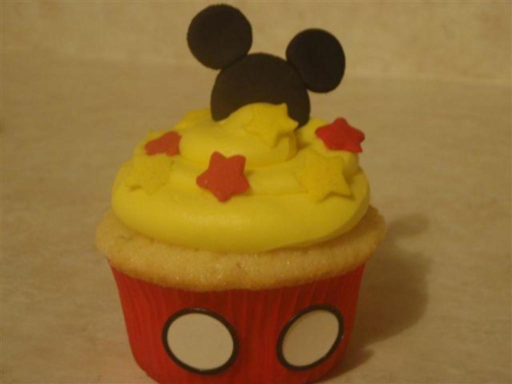 Marvelous Mickey Mouse Cupcakes Cakecentral Com Birthday Cards Printable Riciscafe Filternl