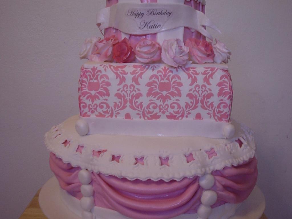 Fabulous Girly Girl Birthday Cake Cakecentral Com Personalised Birthday Cards Xaembasilily Jamesorg