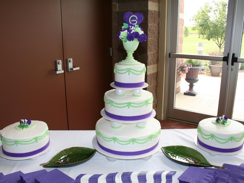 Mint Green Royal Purple Jarrett Wedding Cake Cakecentral Com