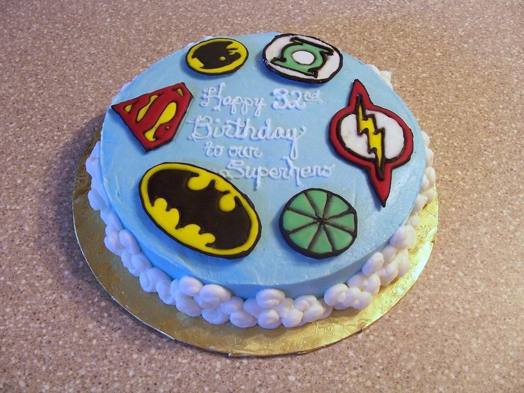 Fabulous Justice League Birthday Cake Cakecentral Com Funny Birthday Cards Online Kookostrdamsfinfo