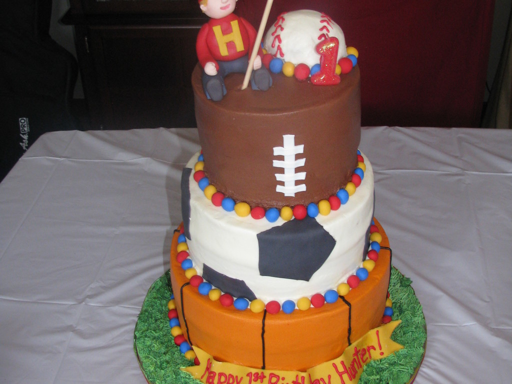 Awe Inspiring Sports Themed First Birthday Cake Cakecentral Com Funny Birthday Cards Online Bapapcheapnameinfo