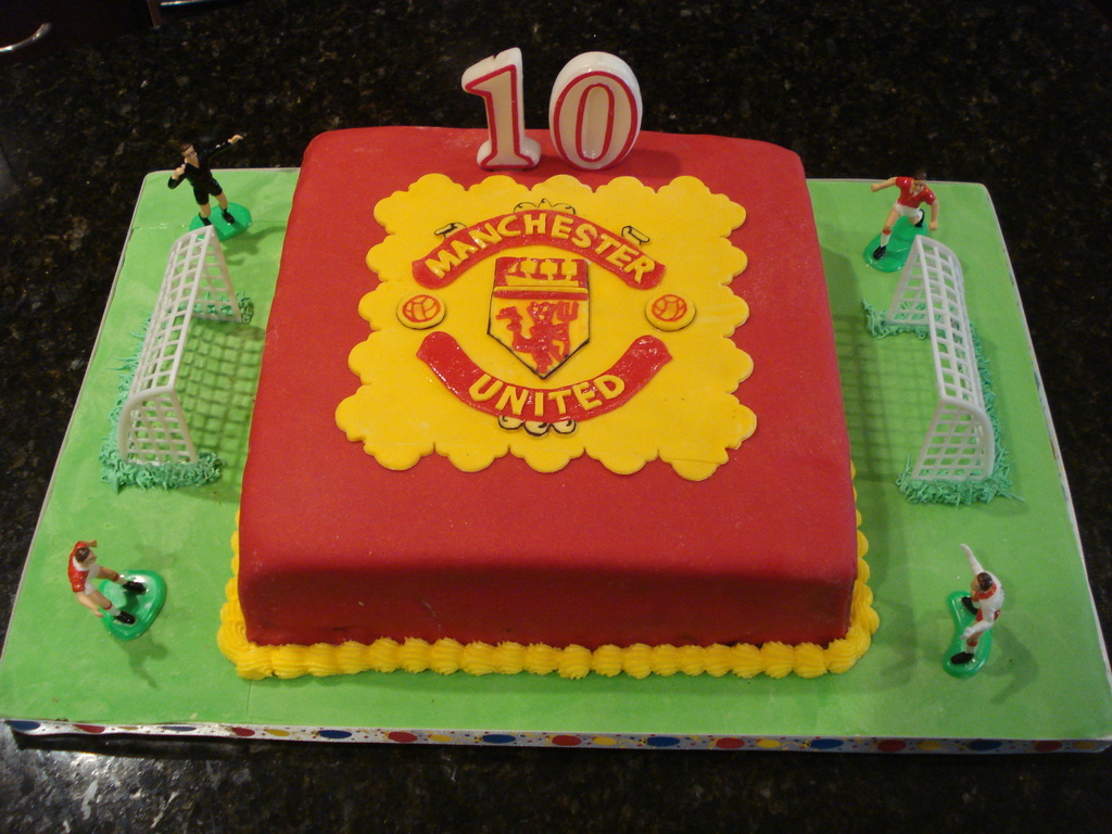 manchester united football club cakecentral com manchester united football club