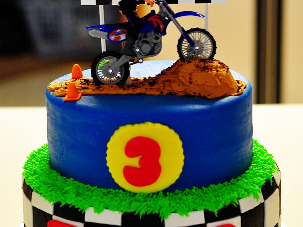 Peachy 3Rd Birthday Dirtbike Cake Cakecentral Com Birthday Cards Printable Trancafe Filternl