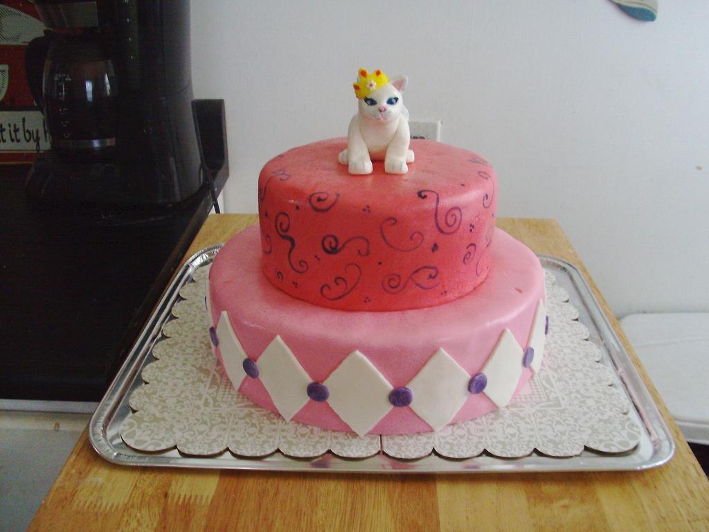 Girls Birthday Cake With A Princess Cat CakeCentralcom