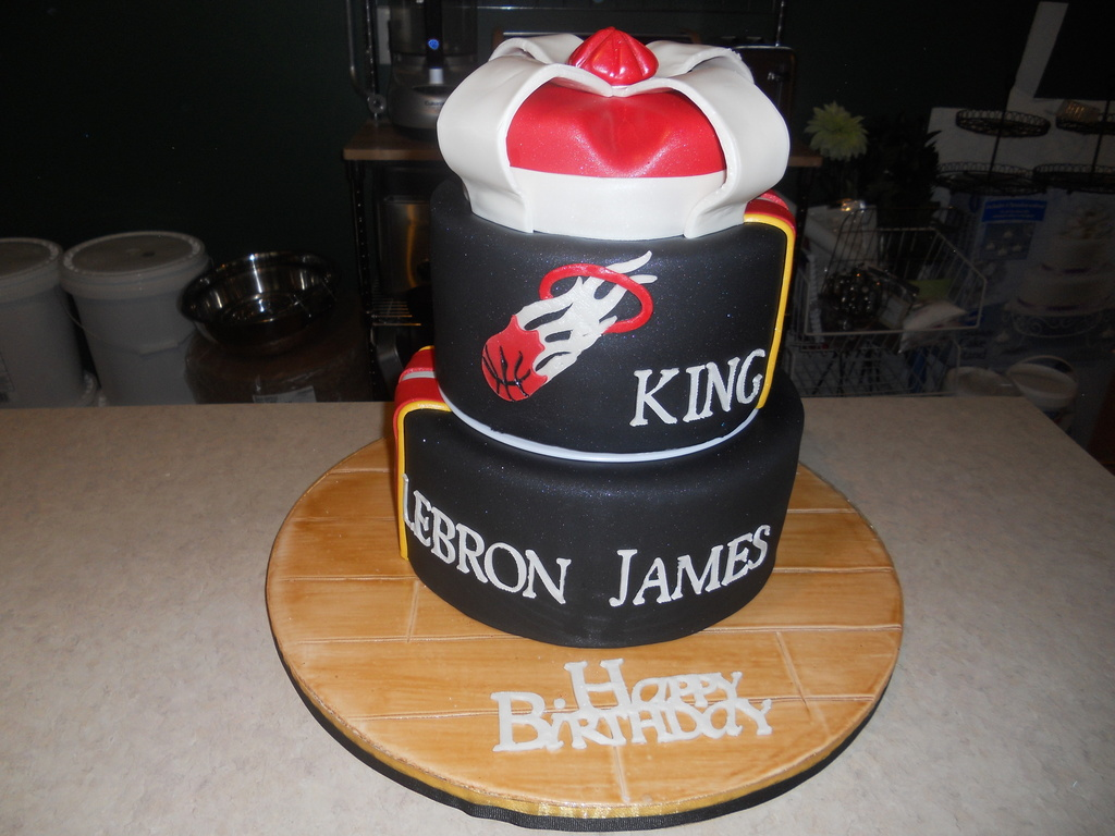 Prime Miami Heat Lebron James Birthday Cake Cakecentral Com Funny Birthday Cards Online Necthendildamsfinfo